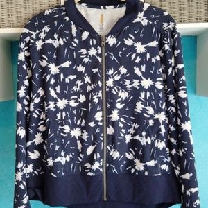Like New LUCY Light Weight Full Zip Jacket!